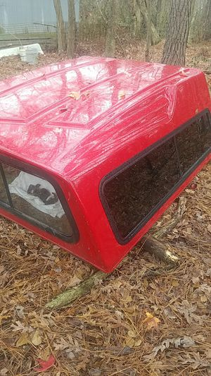 are camper shell 70wide 80 long came off a 98 short bed chevy $200 for Sale in Newton Grove, NC