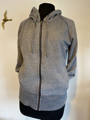 Patagonia hooded sweater with front packets size Women's M for Sale in Everett, WA