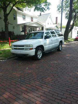 2003 Chevy Suburban for Sale in Cleveland, OH