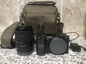 Sony A6300 18-135 3.5-5.6 lens for Sale in Fort Worth, TX