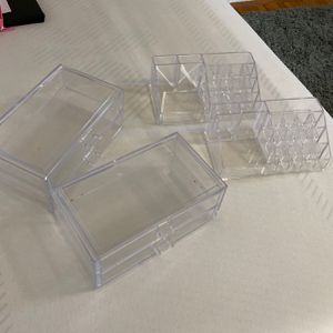 Make up Clear containers /storage containers for Sale in Los Angeles, CA