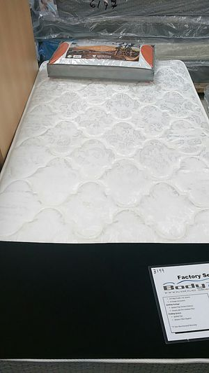 King size mattress and box spring set for Sale in Salem, VA