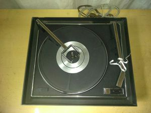 Vintage DYN Turntable Record Player / Working Condition With Needle for Sale in Fullerton, CA