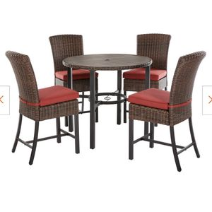 Harper creek 5 Piece Bar Height Outdoor Dining Set for Sale in San Antonio, TX