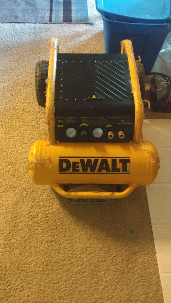 Compressor Dewalt $180