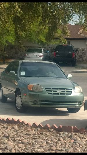 Hyundai accent 04, 160k miles,good tires,brakes,tint Windows,good for the Job. for Sale in Las Vegas, NV