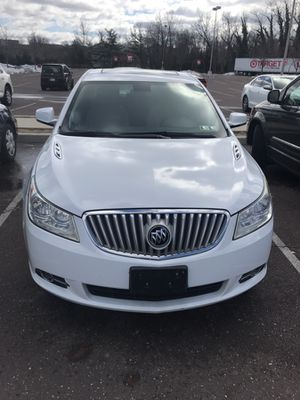 2013 Buick LaCrosse FULLY LOADED 70,000 miles!!! for Sale in MIDDLE CITY EAST, PA
