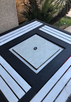 Table w/cooler for Sale in Tolleson, AZ