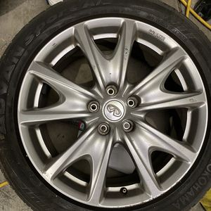 Selling 2 Infiniti G37s wheels. 18x8. for Sale in Bellevue, WA