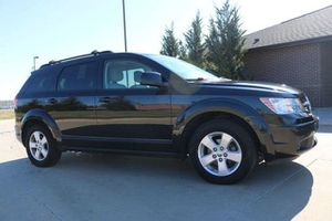 2009 DODGE JOURNEY SXT ONLY 99K MILES!!! 7 PASSENGER!!!!CLEAN TITLE!!! GOOD TIRES AND BRAKES!!! DRIVES GREAT!! for Sale in Philadelphia, PA