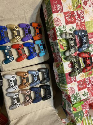 PS4 controllers NEW for Sale in McAllen, TX