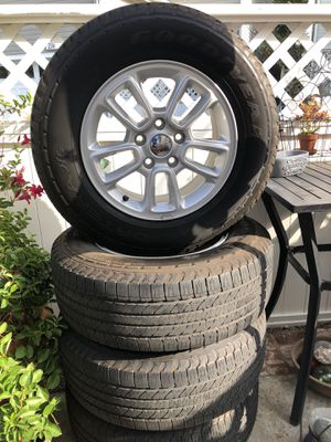 Jeep grand Cherokee Rims and tires for Sale in Fullerton, CA