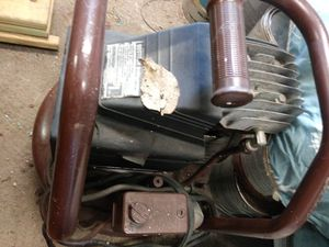 Air compressor works good $50.00 for Sale in INDEPENDENCE, MO