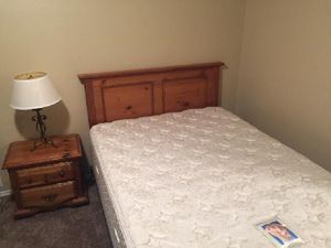 Queen Bed : headboard , Sealy pillow top mattress , box, frame,matching nightstand and lamp good clean stain free condit... for Sale in Wylie, TX