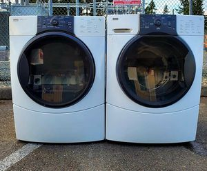 Kenmore elite SamartPak 9 series washer and ELECTRIC dryer. Works Perfect. for Sale in Puyallup, WA