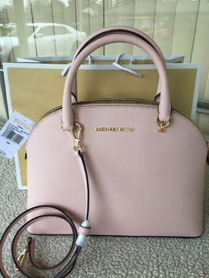 Authentic Michael kors purse 👜 for Sale in Tacoma, WA