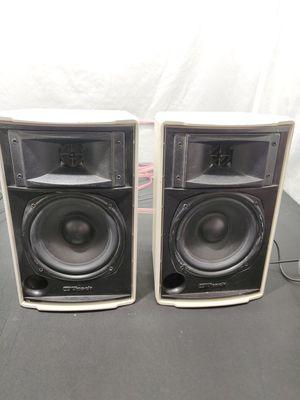 Klipsch Speakers outdoor indoor no grills for Sale in Las Vegas, NV