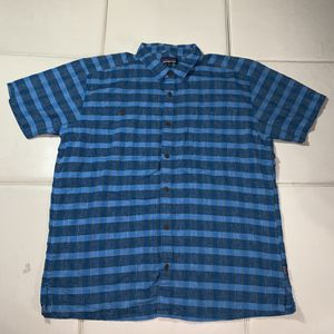 Patagonia Button down shirt Mens XL BLUE PAID for Sale in South Gate, CA