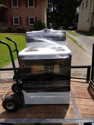 Just like new i have a stove ,fridge, and dishwasher its a set for $325 for Sale in Nashville, TN