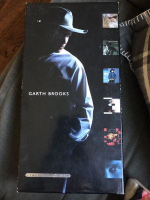 Garth Brooks The Limited Series for Sale in Haysville, KS