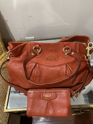 Authentic Coach Bag and Wallet for Sale in Fairfax, VA