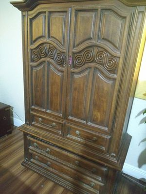 Cabinet with sliding drawers for Sale in Pinellas Park, FL