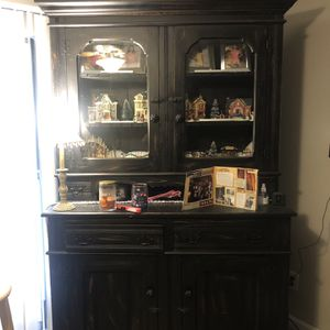 Beautiful Antique Hoosier Cabinet (2 Pieces) for Sale in Nashville, TN