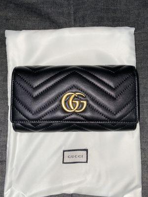 Gucci women's wallet for Sale in Long Beach, CA