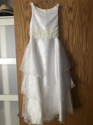 Girl first communion or flower girl dress 8 size for Sale in Prospect Heights, IL