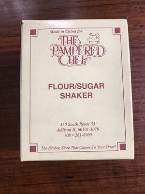 The Pampered Chef Flour/Sugar Shaker for Sale in Fairfax, VA