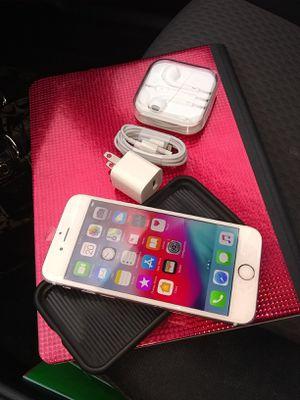 iPhone 6s unlocked 128gb for Sale in Falls Church, VA
