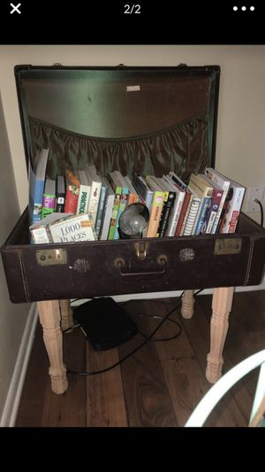 Old suitcase turned book shelf for Sale in Orange Park, FL