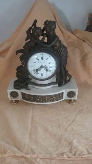 Very old bronze marble clock French for Sale in Fort Lauderdale, FL