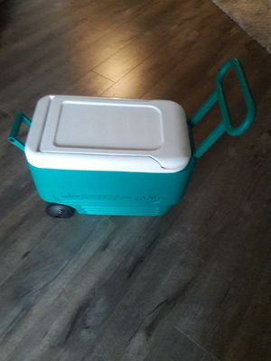 Igloo Cooler for Sale in Alhambra, CA