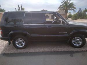 1999 4WD Isuzu Trooper for Sale in Mesa, AZ
