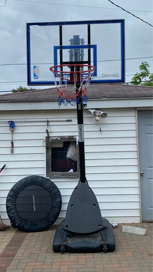 50 inch basketball hoop for Sale in Evergreen Park, IL