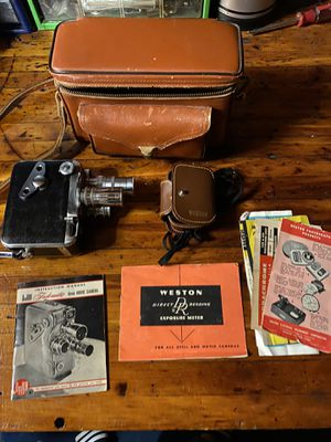 Vintage DeJur Fadematic Three Lens Turret 8mm Film Movie Camera for Sale in Middleburg Heights, OH