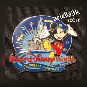 Disney Pin 67478 WDW Celebrate Everyday Mickey Mouse 2-D Cinderella Castle. New for Sale in Kissimmee, FL