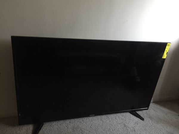 HUGE 55 INCH FLAT SCREEN TV TOSHIBA