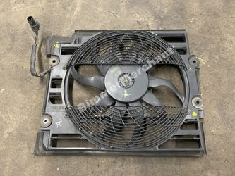 Radiator Cooling Fan 97 98 BMW 540i OEM for Sale in Anaheim,  CA