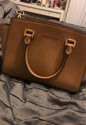Michael Kors bag for Sale in Tempe, AZ