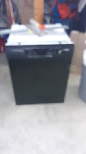 Whirlpool dishwasher for Sale in Billings, MT