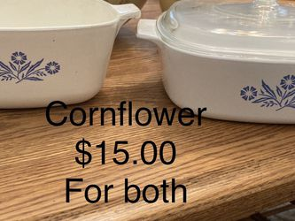 Vintage Corning Ware And Pyrex - See Pictures & Description for Sale in Calabasas,  CA