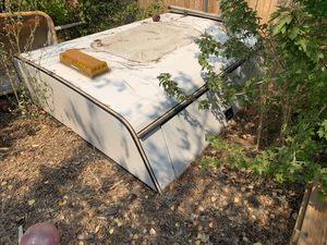 7' utility camper shell for Sale in Big Bear Lake, CA