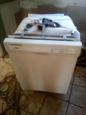 Whirlpool dishwasher for Sale in Mayfield, KY