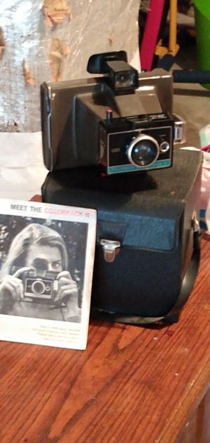 old Polaroid cameras. for Sale in Cleveland, TN