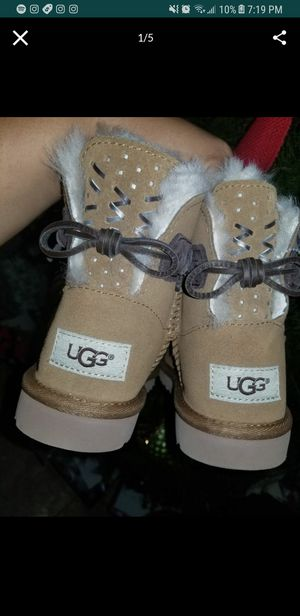 New Authentic Little Girl Ugg Boots for Sale in San Diego, CA