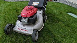 Honda Lawnmower HRR216VKA for Sale in Silverdale, WA
