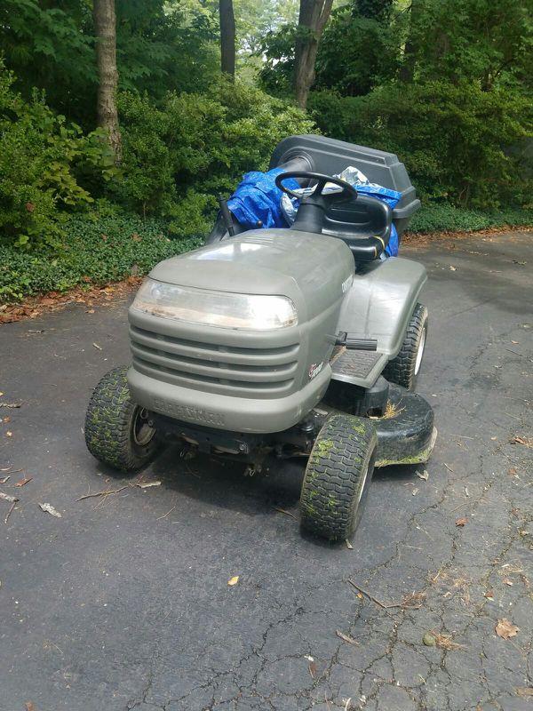 Vendo tractor Craftsman nítido listo para usar