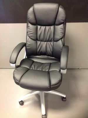 BRAND NEW BLACK ADJUSTABLE EXECUTIVE OFFICE CHAIR for Sale in Lawrenceville, GA